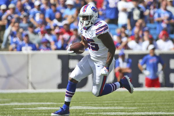 Shady or not, Eagles should trade for LeSean McCoy   Marcus Hayes