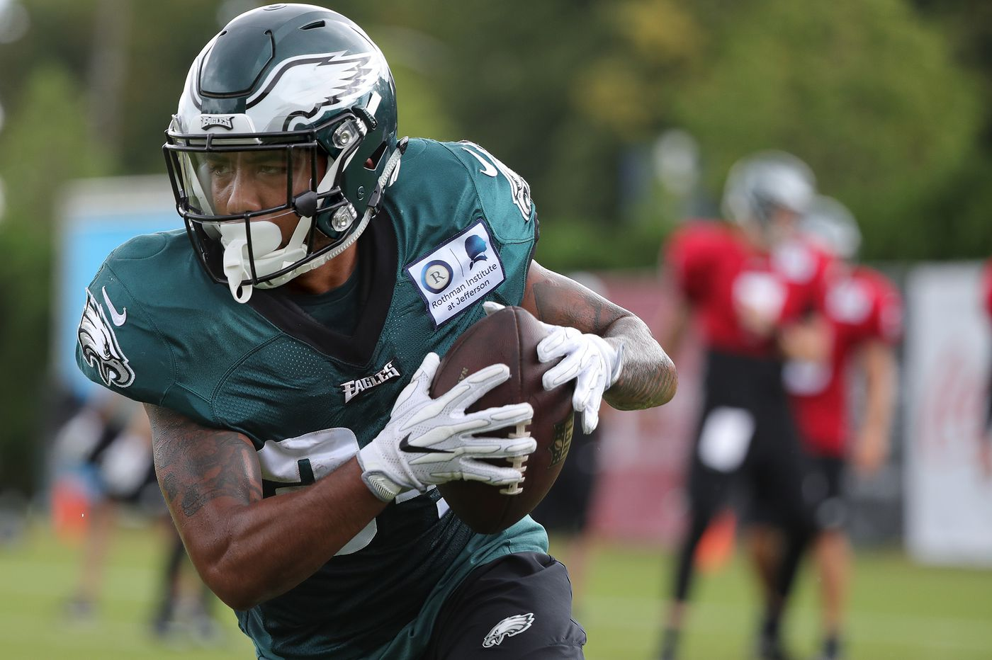 Clyde Simmons and Seth Joyner to join Eagles Hall of Fame; Donnel Pumphrey misses preseason opener