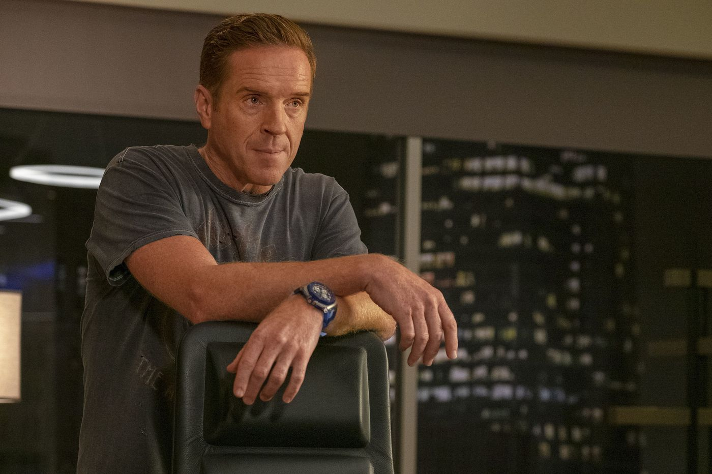 TV picks: 'Billions,' 'The Fix,' 'The Village,' a 'Pretty Little Liars' spin-off, and more