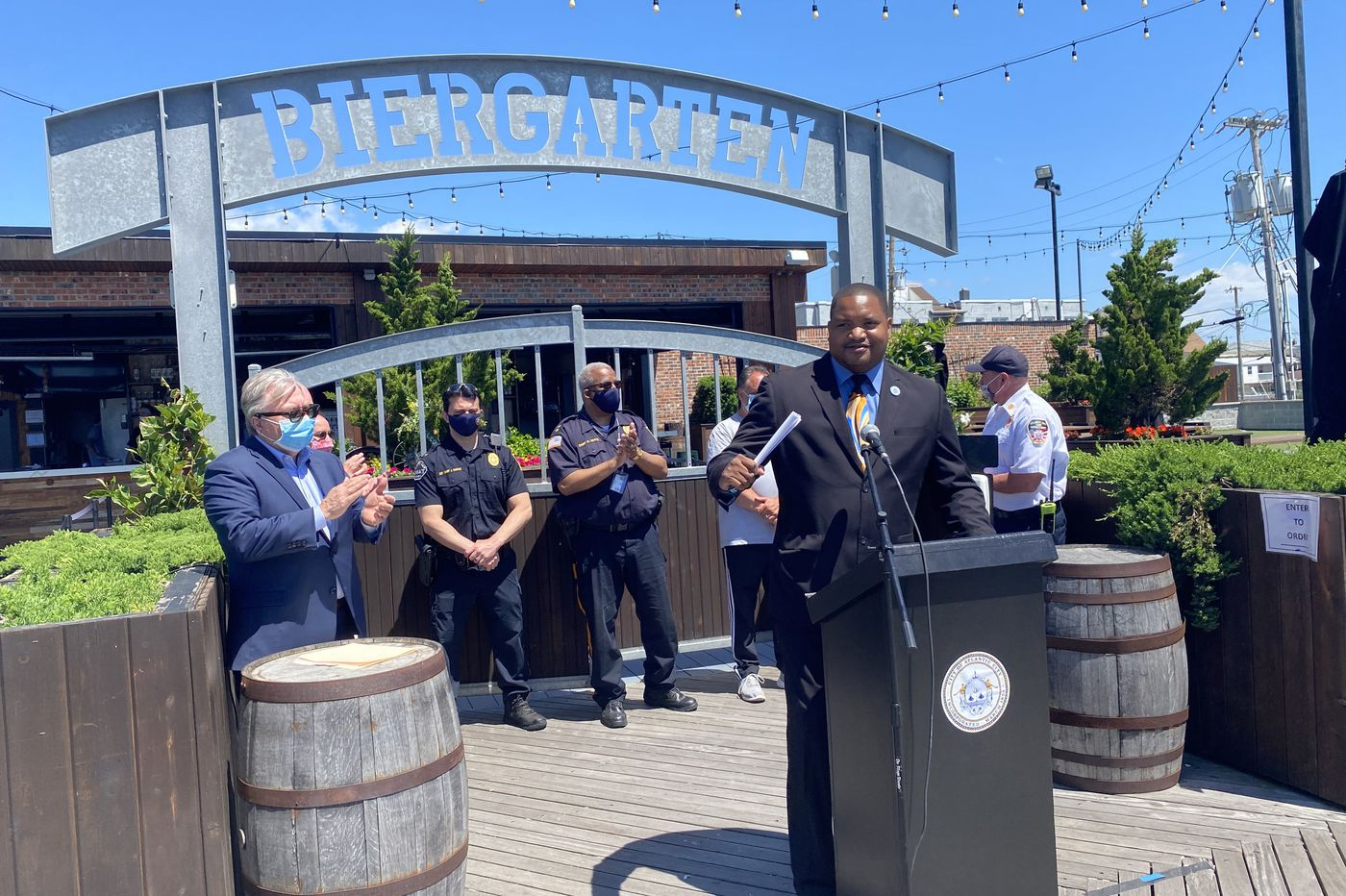Atlantic City legalizes drinking on Boardwalk, other areas around town