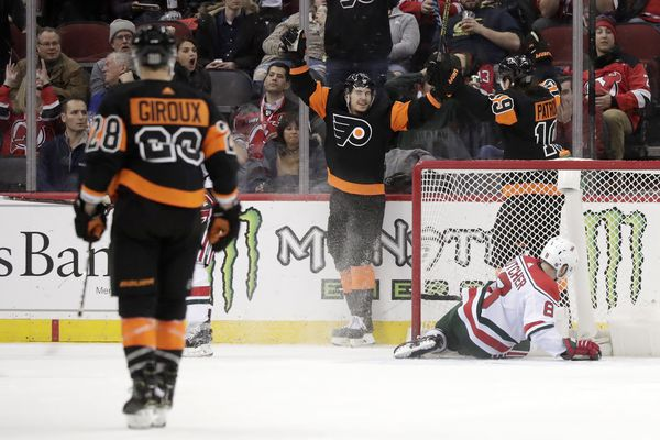 James Van Riemsdyk leads Flyers past Devils in chippy matchup