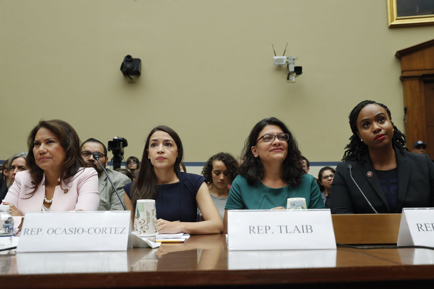 Trump calls on minority congresswomen to apologize and says they should 'go back' to their countries