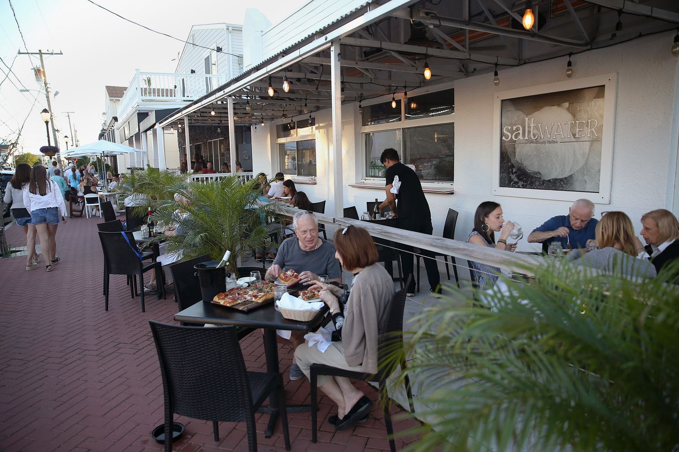 Shore Restaurants, Part I: Dining outdoors with bay breezes