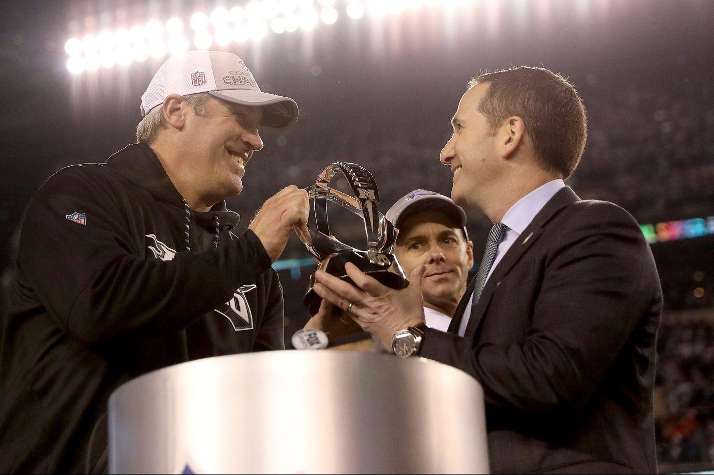 Eagles coach Doug Pederson, top executive Howie Roseman sign contract extensions through 2022