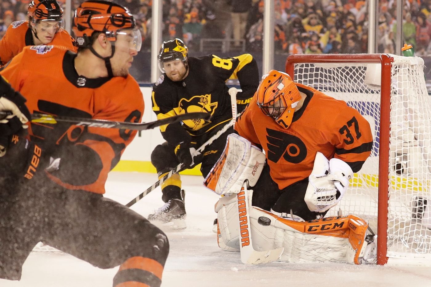 Brian Elliott's revival has aided Flyers' surge