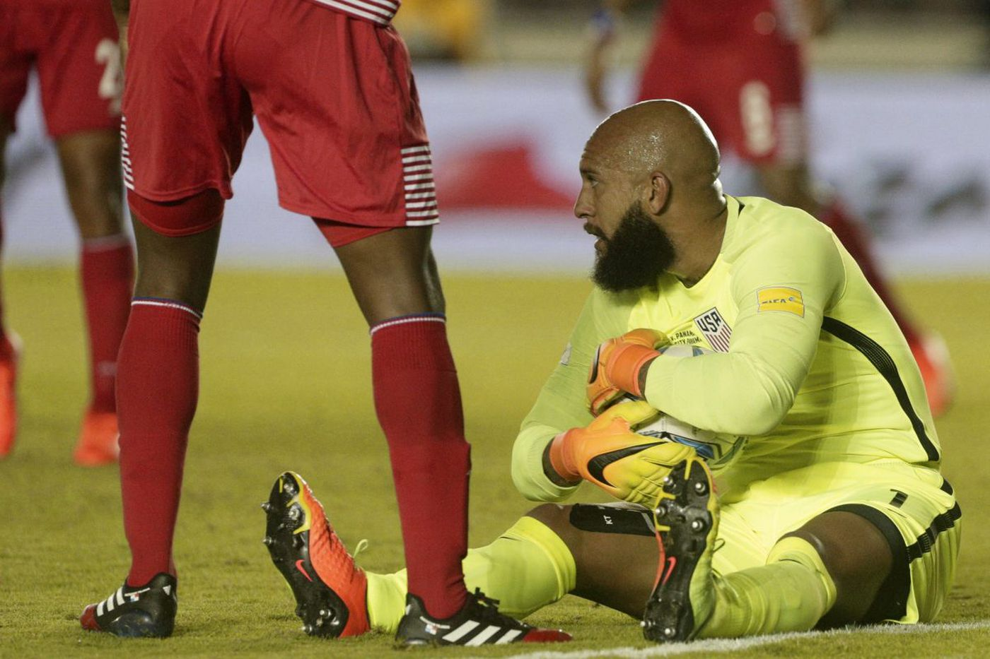 U.S. faces goalkeeper questions in key World Cup qualifiers