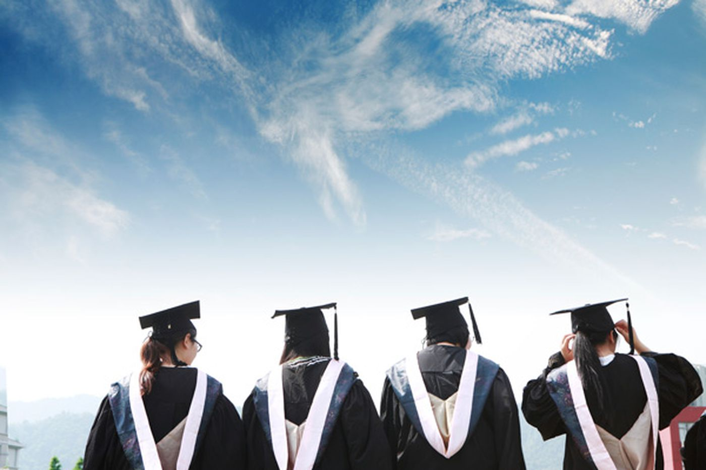 Job outlook brighter for 2014 college grads