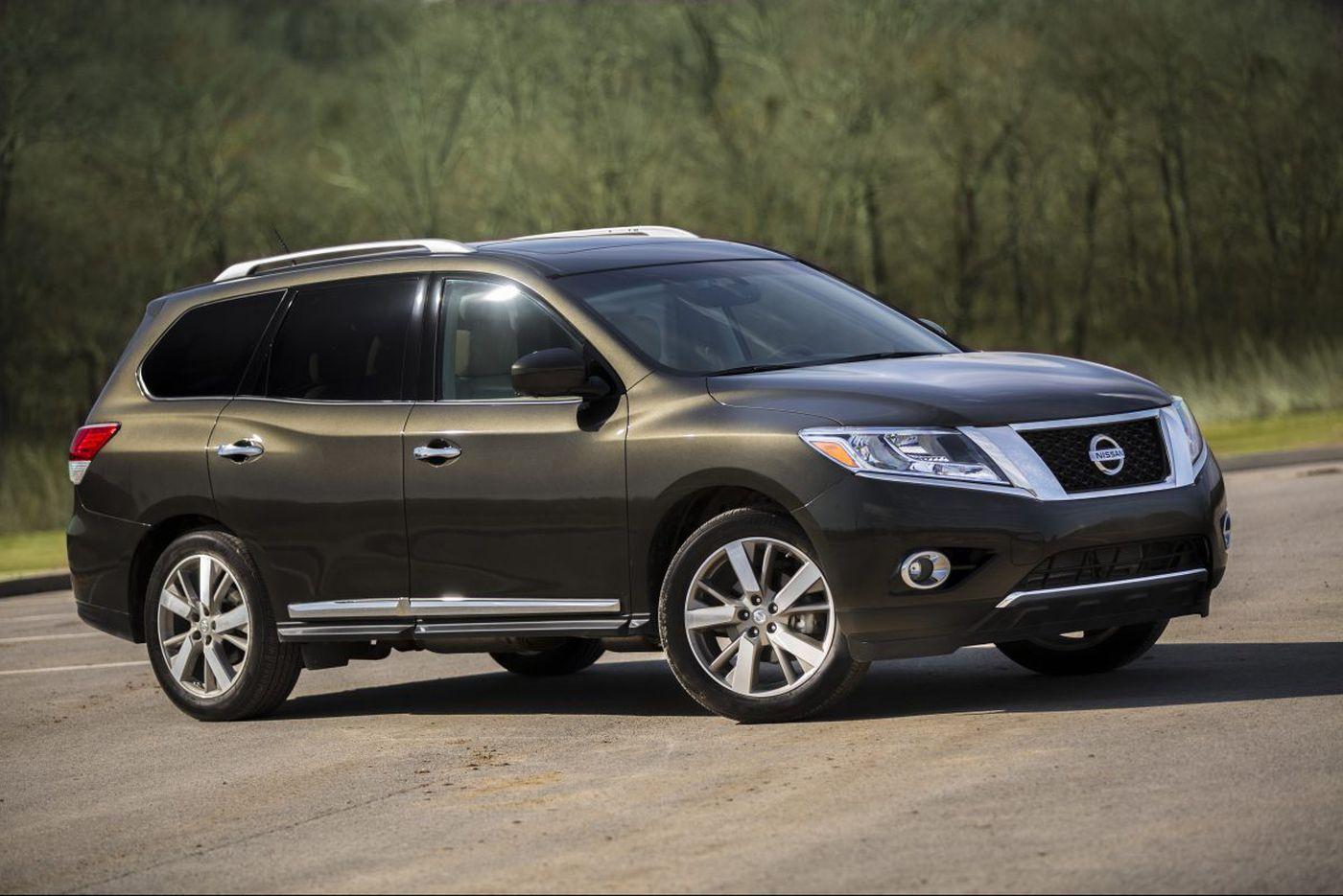 """Test driving"" a 2016 Nissan Pathfinder S rental"