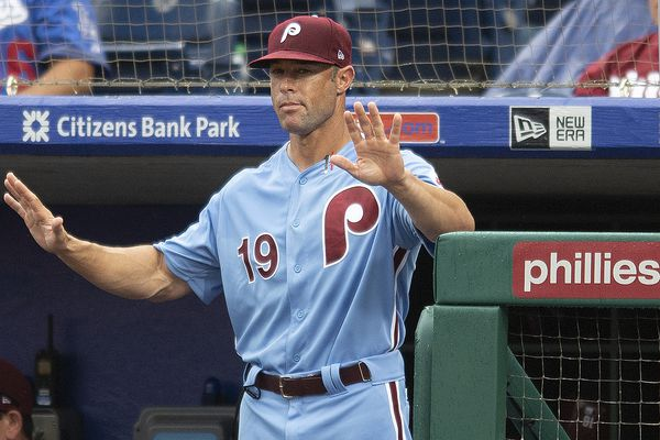 Phillies owe Gabe Kapler more than the silent treatment | Extra Innings