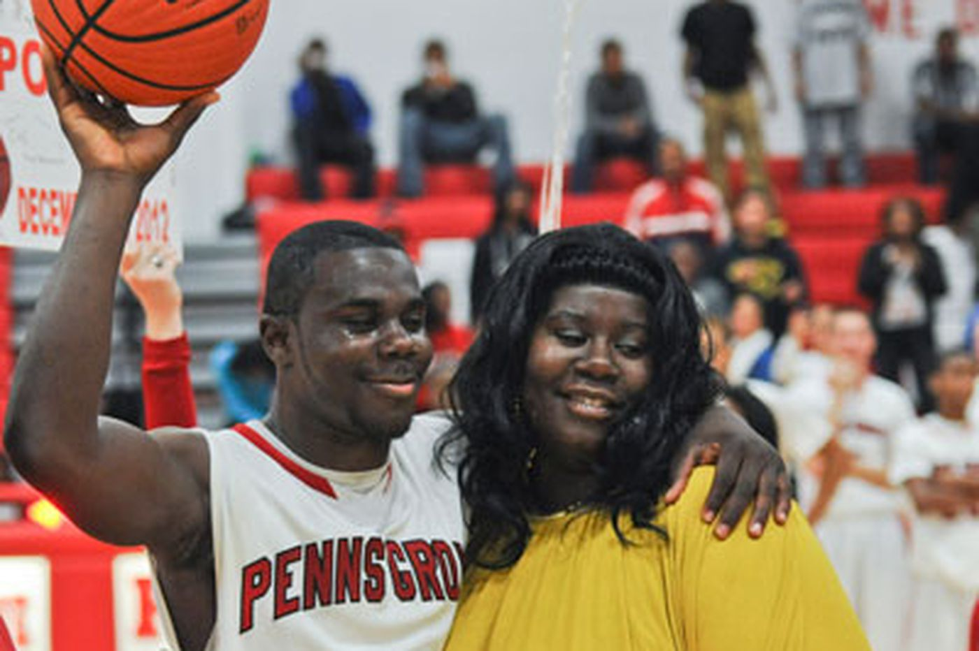 Ge'shawn Davis scores 1,000th point in Penns Grove win