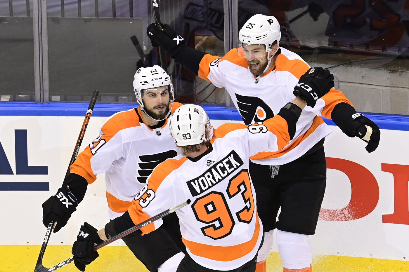 Answering Flyers fans' questions about trades, signings, the 2021 expansion draft, and more | Sam Carchidi