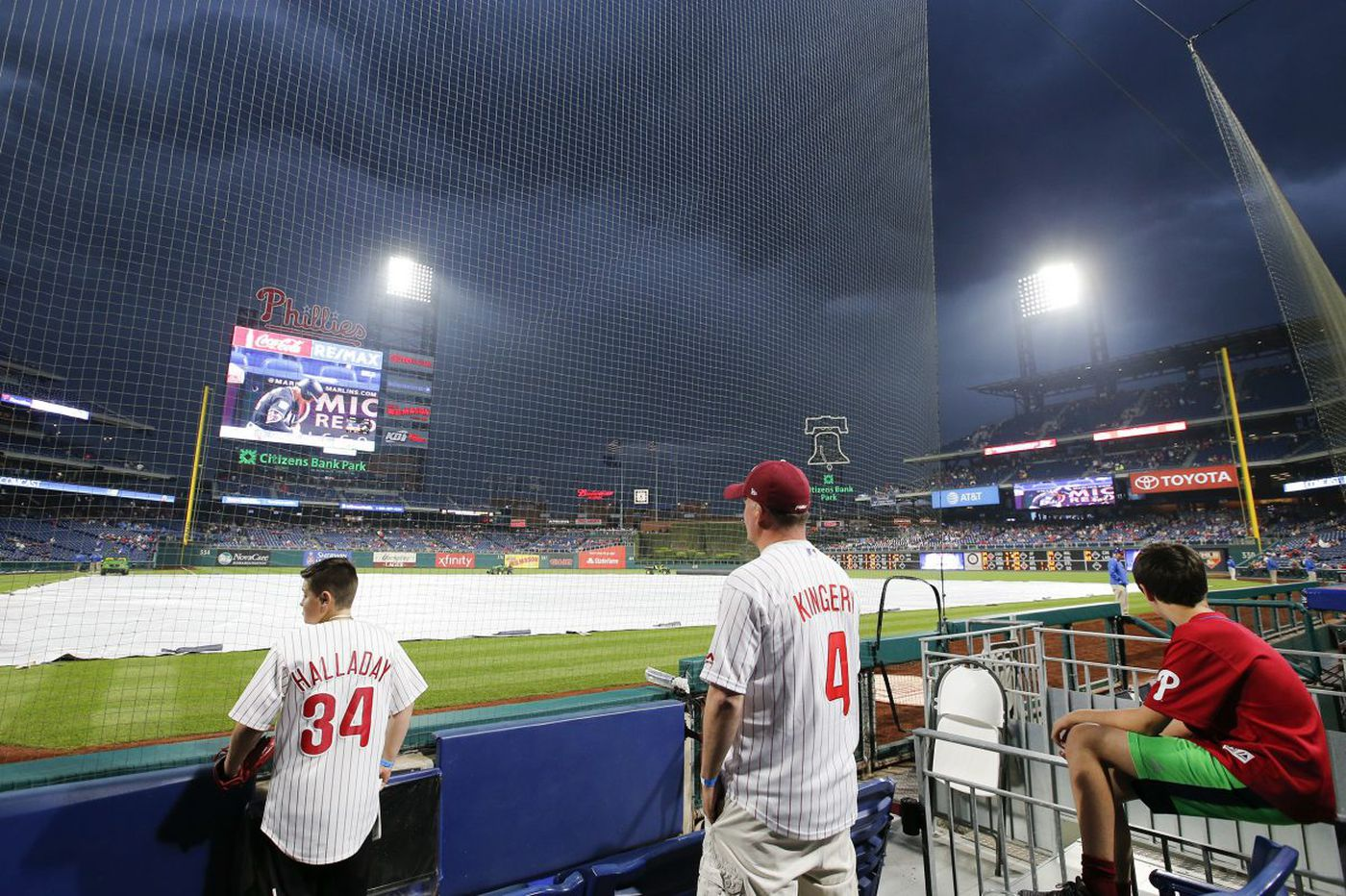 Phillies-Mets rained out; Hector Neris still has Gabe Kapler's confidence