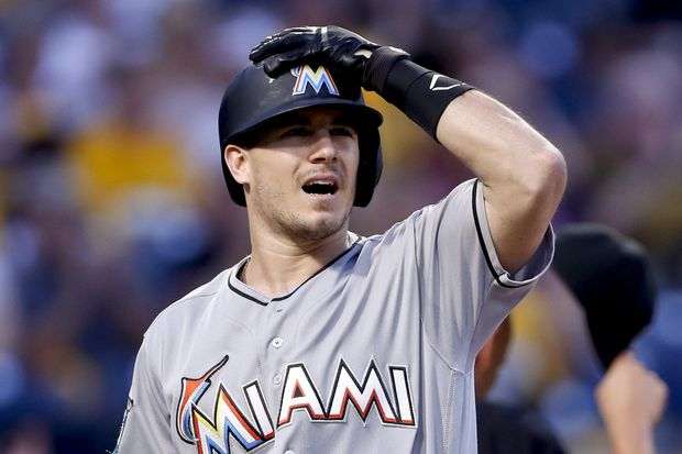 Trading for J.T. Realmuto would be a real catch for Phillies | Extra Innings