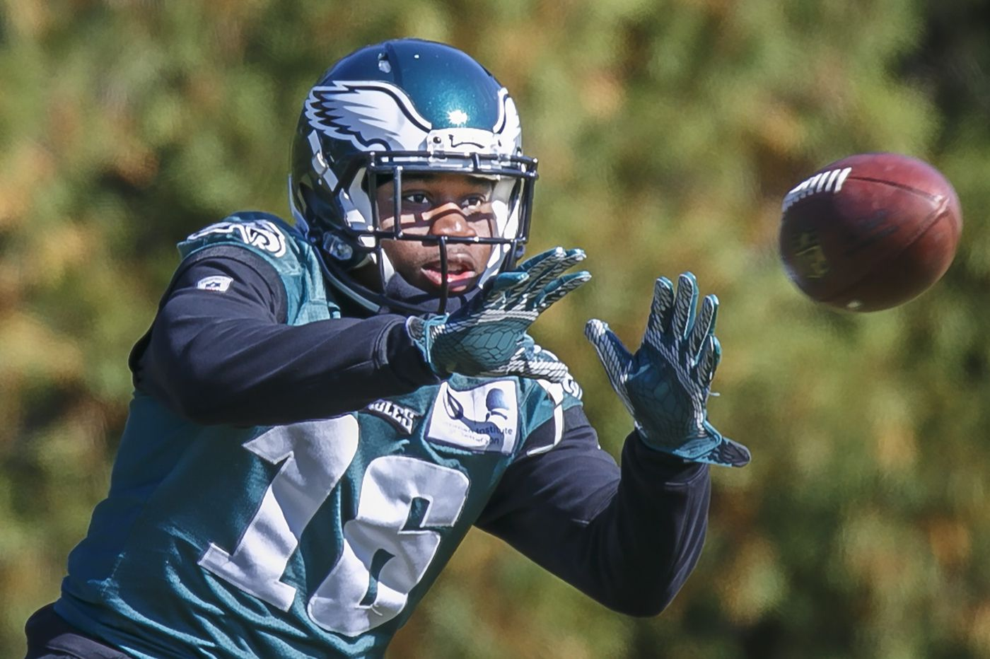 Eagles waive wide receiver/kick returner DeAndre Carter