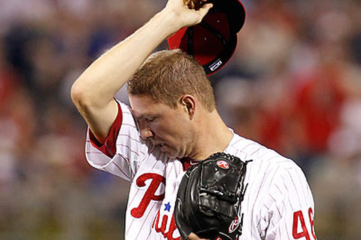 Phils fall as Madson loses it in 9th