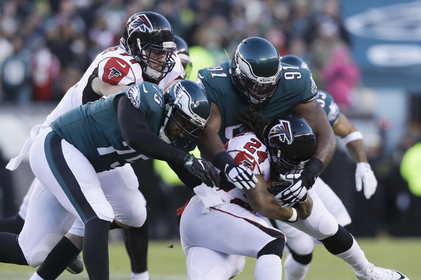Eagles DT Fletcher Cox thrives with extra playing time vs. Falcons