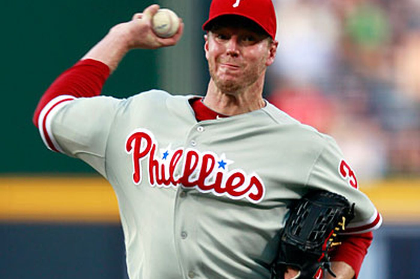 Halladay leaves Phillies for personal reasons