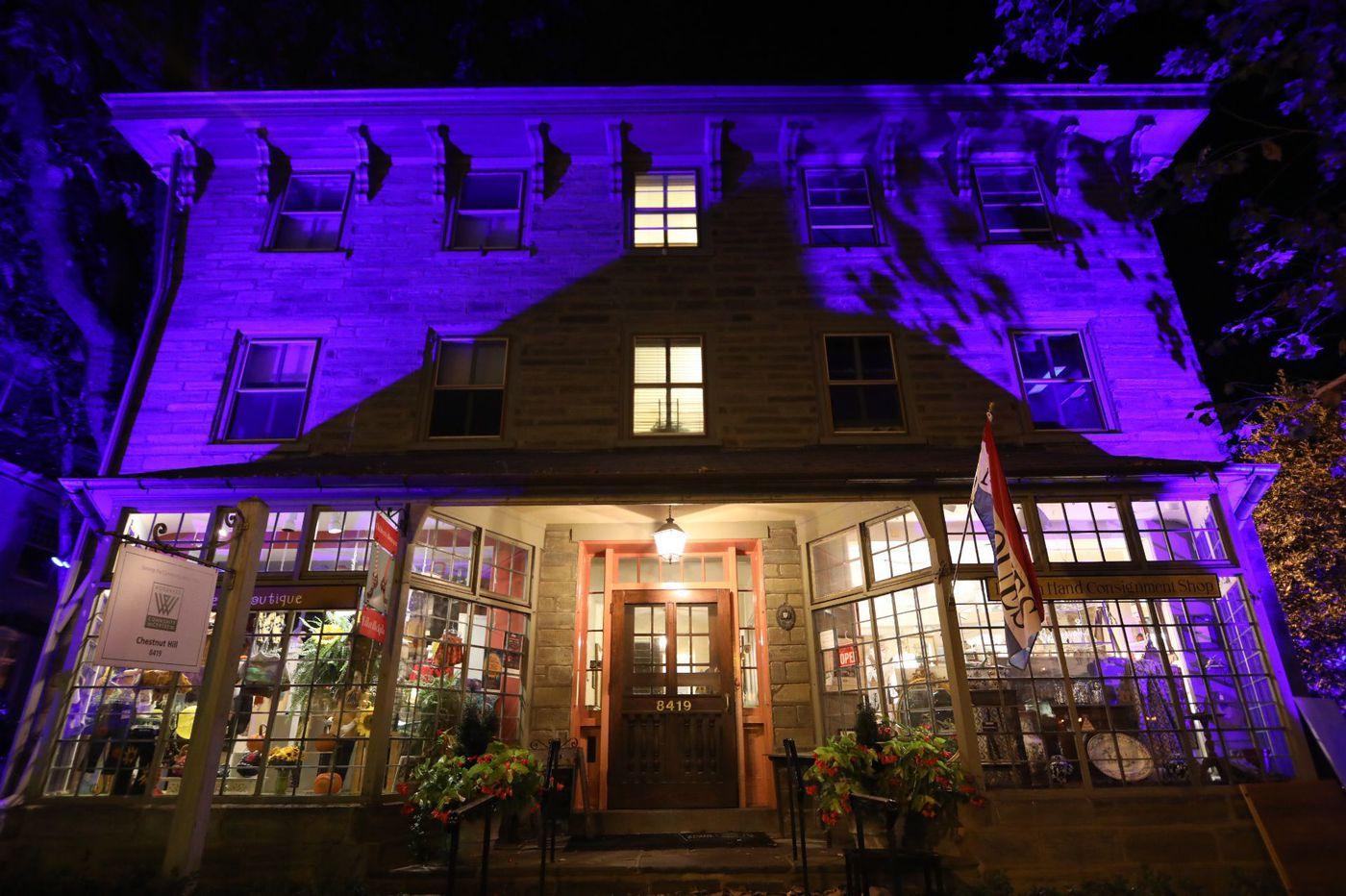 Great family outings in Philly this week, including pop-up art in parks and Chestnut Hill's 'Night of Lights'