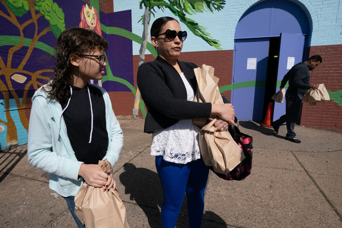Free breakfast and lunch begins, but not many students in North Philly bite
