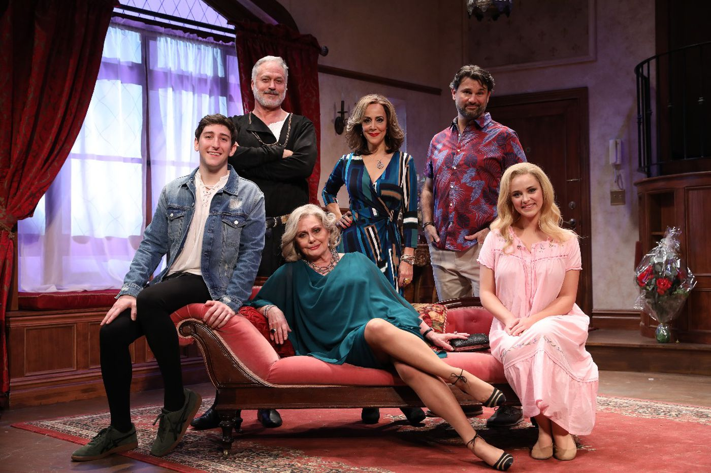 'I Hate Hamlet' at Bucks County Playhouse: Actor and audience, haunted by laughter