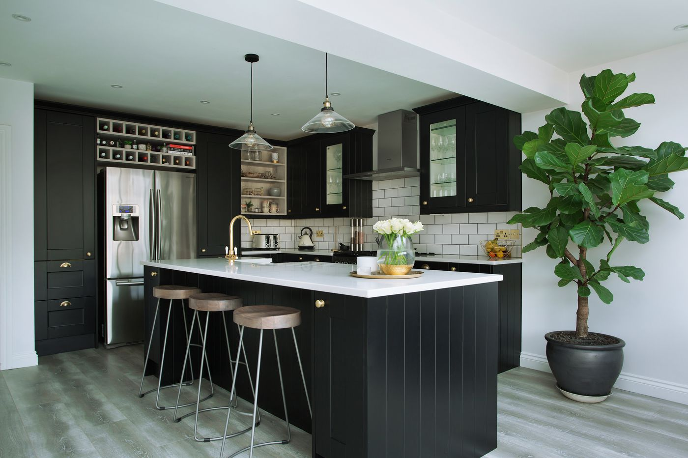 Ask Jennifer: Black paint is back, and here's how to use it