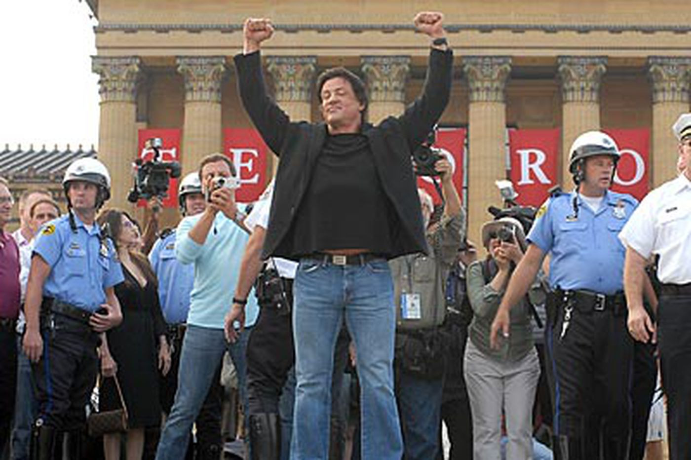 'Rocky,' alter-ego Stallone to join immortals in Boxing Hall of Fame