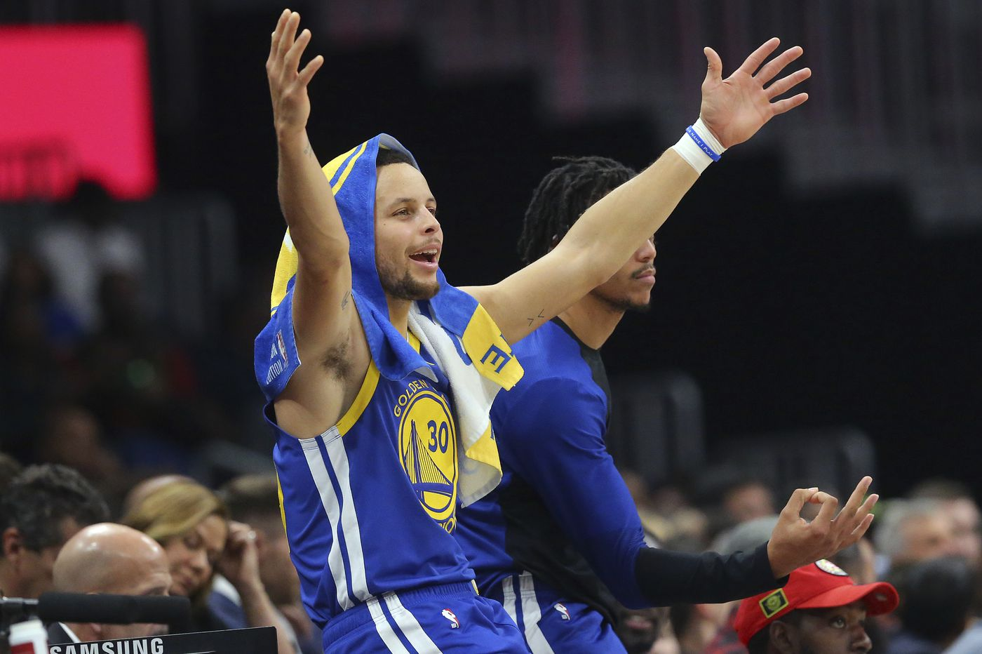 Golden State Warriors' Stephen Curry trolled Sacramento Kings moon landing comments