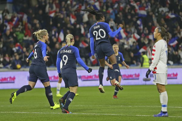 U.S. women's soccer team's 28-game unbeaten streak ends with 3-1 loss at World Cup host France