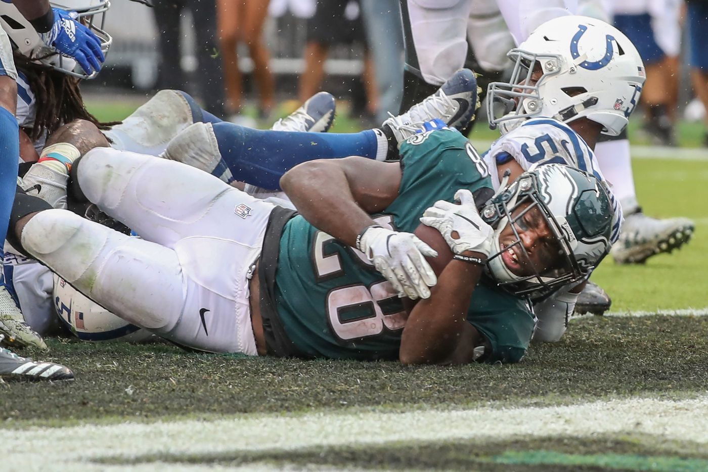 With Wendell Smallwood and Corey Clement, Eagles dig deep into depleted backfield to grind past Colts