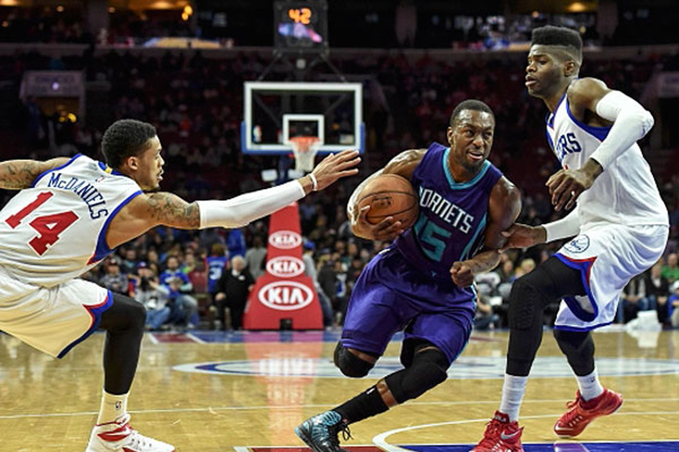 Sixers get routed by lowly Hornets