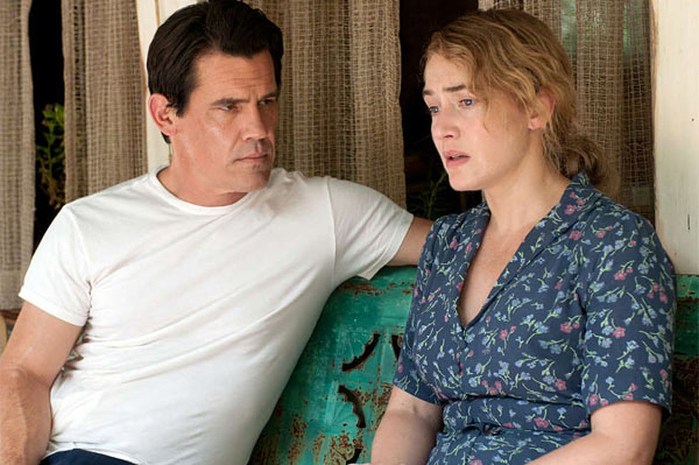 """On Movies: Kate Winslet on her different """"labor Day"""" role"""