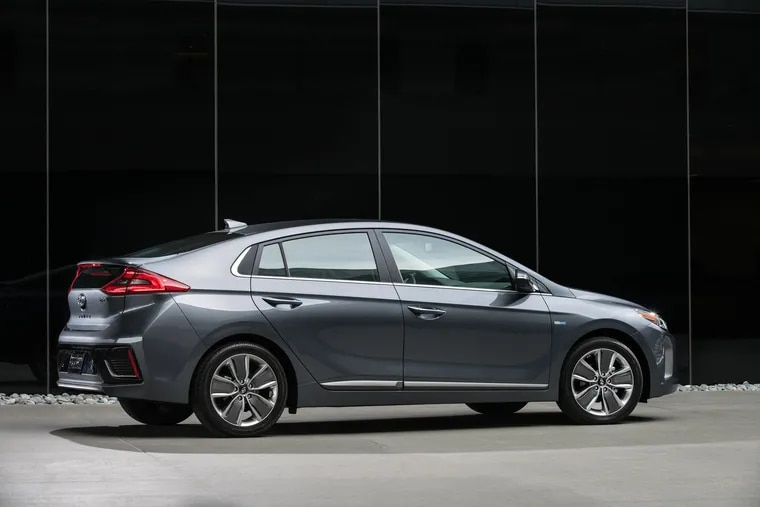 Buyers choosing either the 2019 or 2020 Hyundai Ioniq will be treated to the same wind-cheating profile, although the grilles are different.
