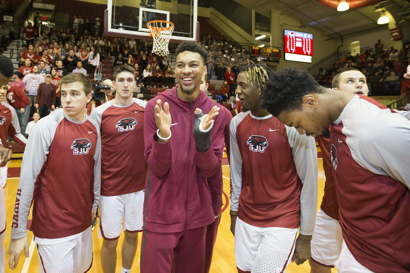 With Charlie Brown and Lamarr Kimble back from injuries, Hawks are a new team | St. Joe's season preview