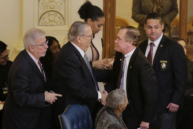 New Jersey's minimum wage to rise to $15 by 2024