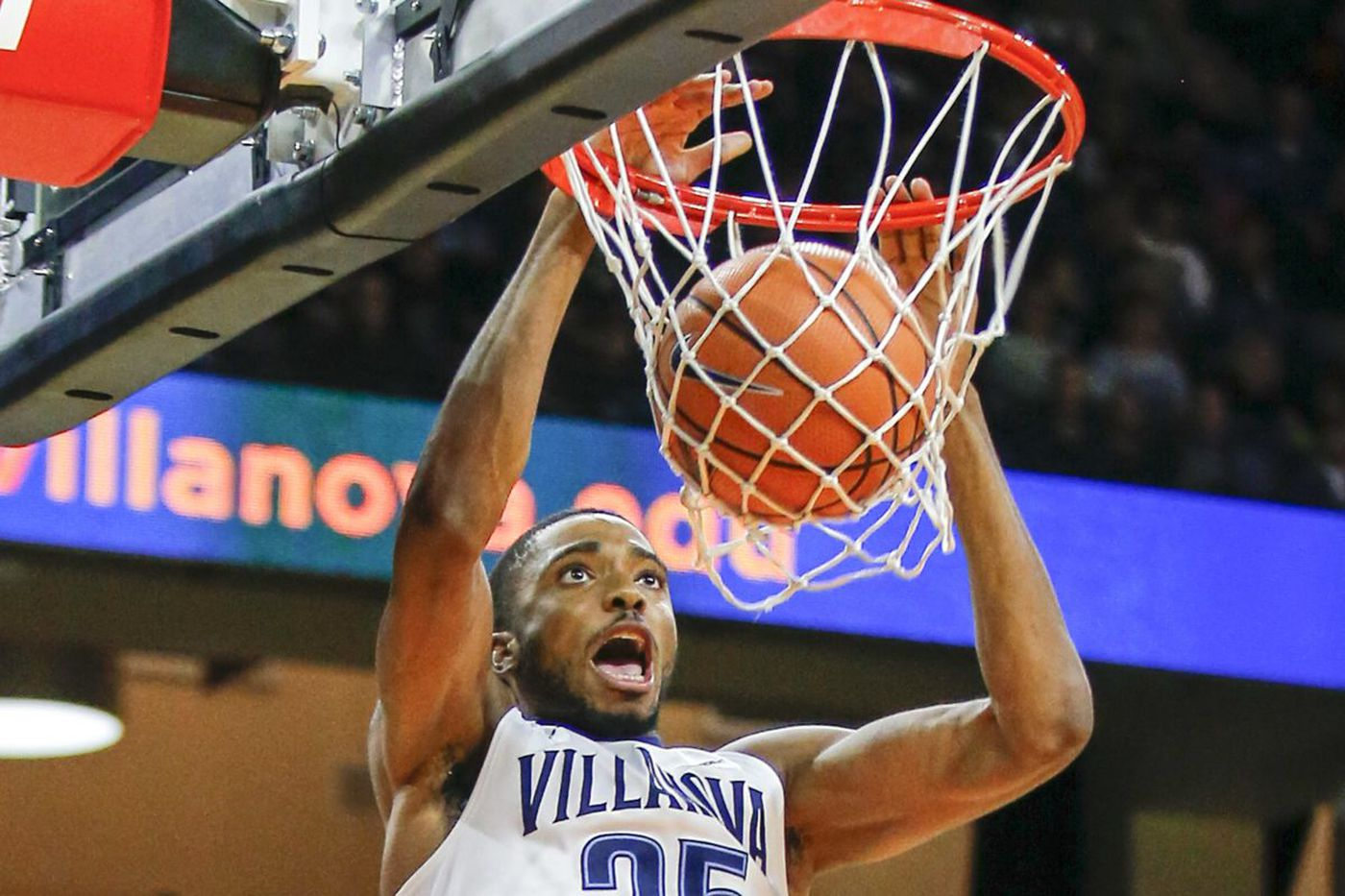 Villanova basketball cruises past Lafayette in last tune-up game