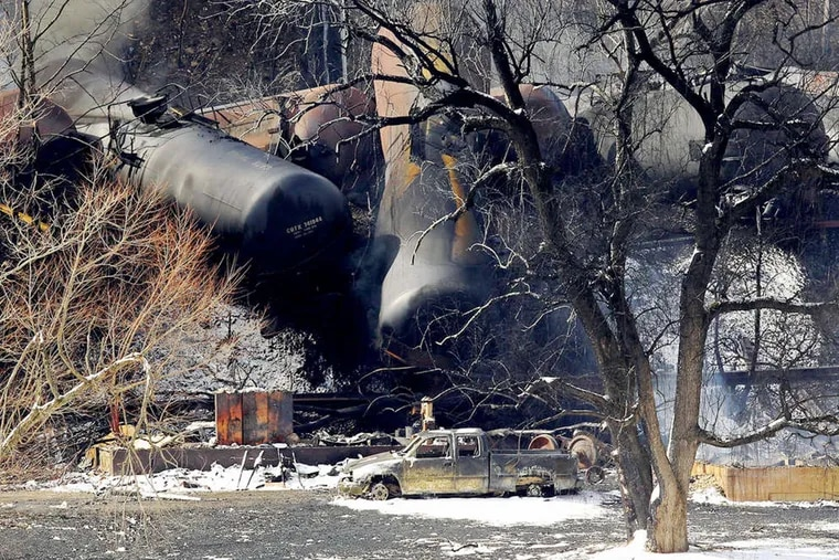 An oil-train derailment near Mount Carbon, W. Va., last week in which probers say the train adhered to the speed limit and the cars that ruptured were of a newer design the industry has touted as safer.