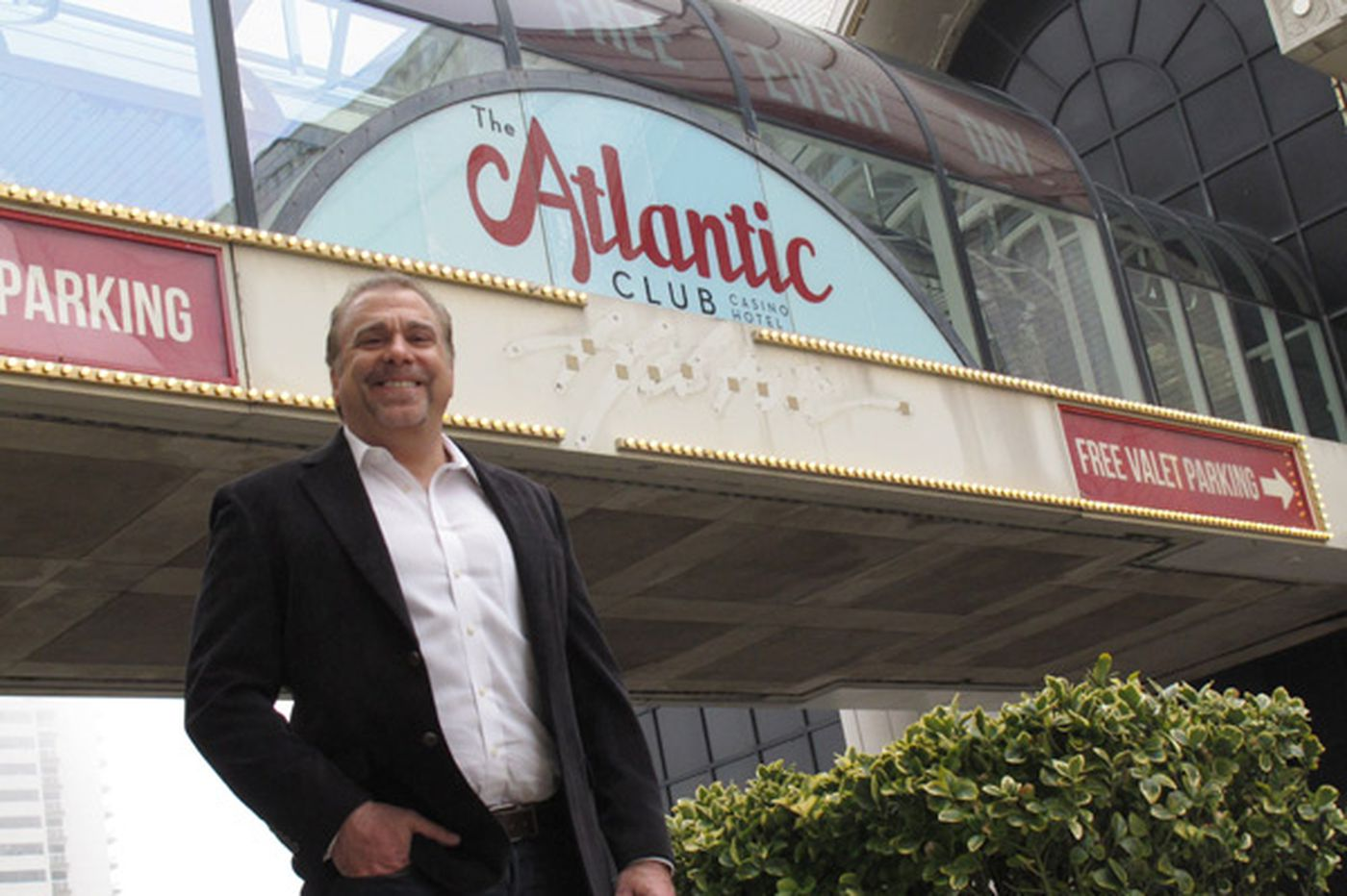 Possible payout reduced for execs of bankrupt casino