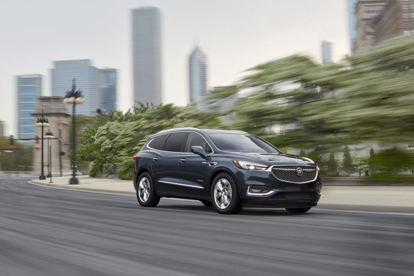 2018 Buick Enclave delivers luxury-car style, room, and comfort