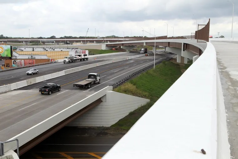 HWY21P.The view from the new ramp that connects the PA Turnpike with I-95 in Bristol Two, PA, September 18, 2018. Traffic on the current stretch of the Turnpike is seen on the left. After 60 years I-95 will be completed from Florida to Maine