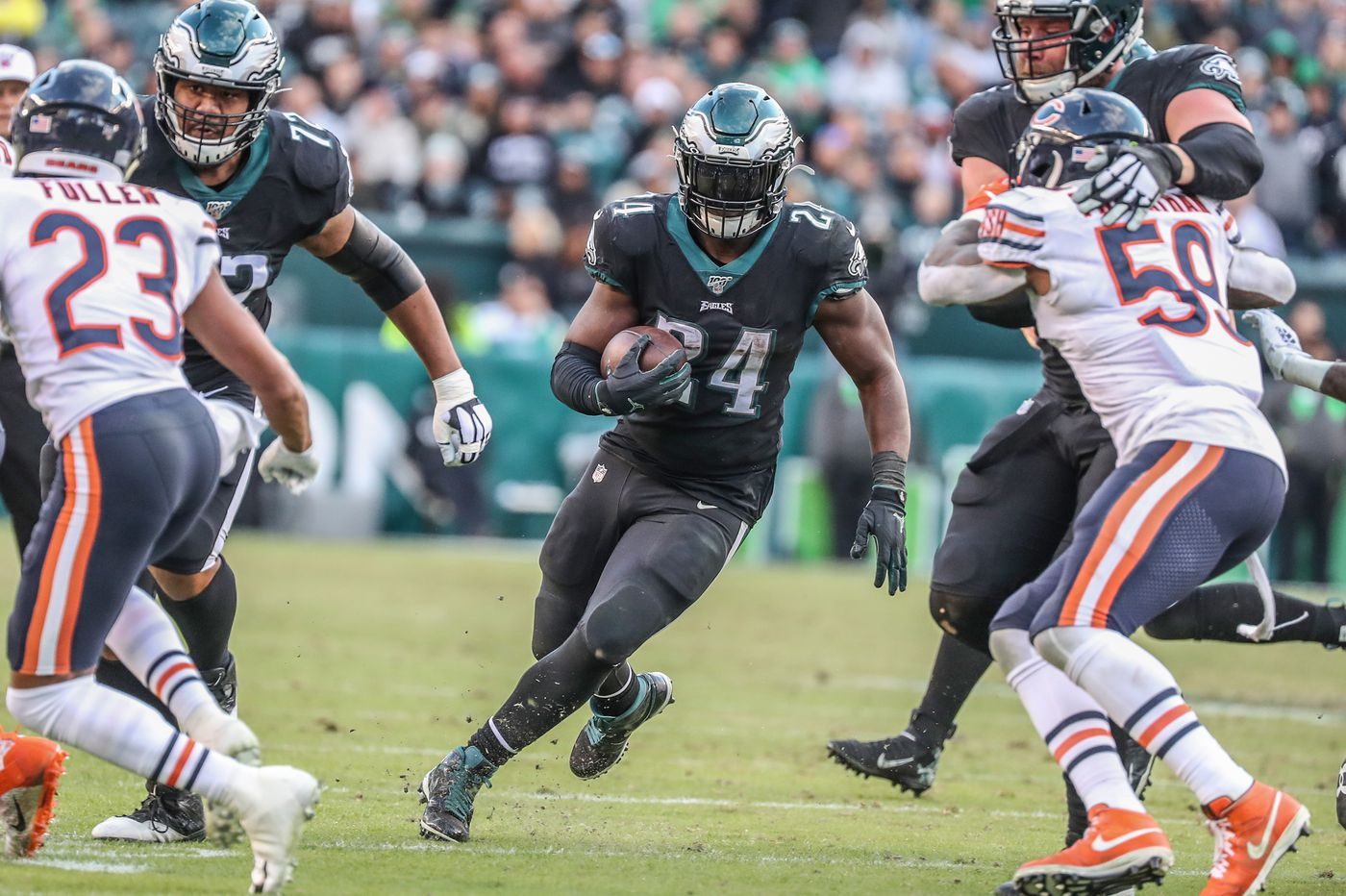 Eagles bringing back Jordan Howard, but he won't be eligible to play at Cleveland because of COVID-19 testing