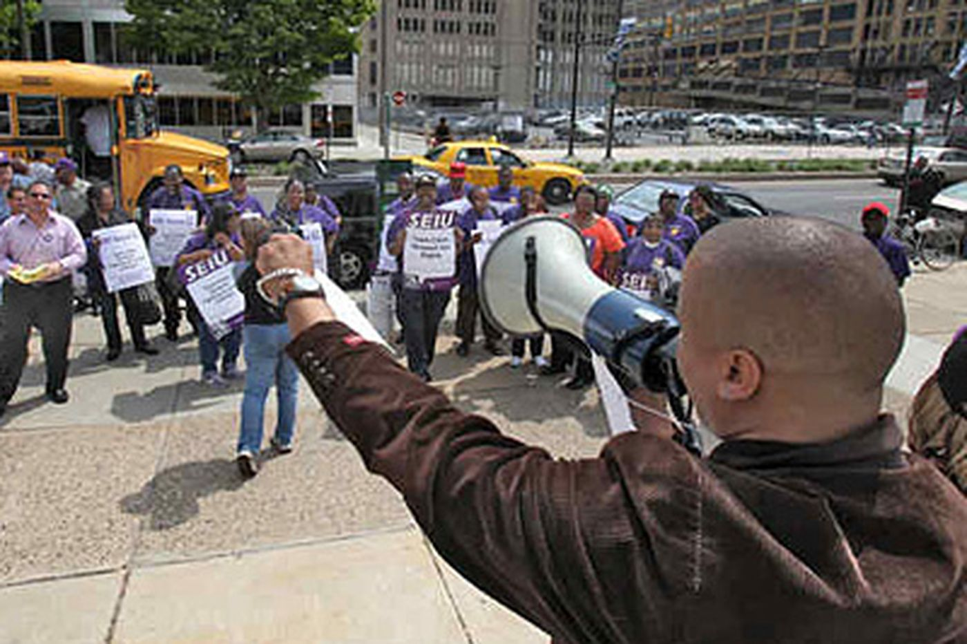 Phila. School District sends 1,400 layoff notices to blue-collar union