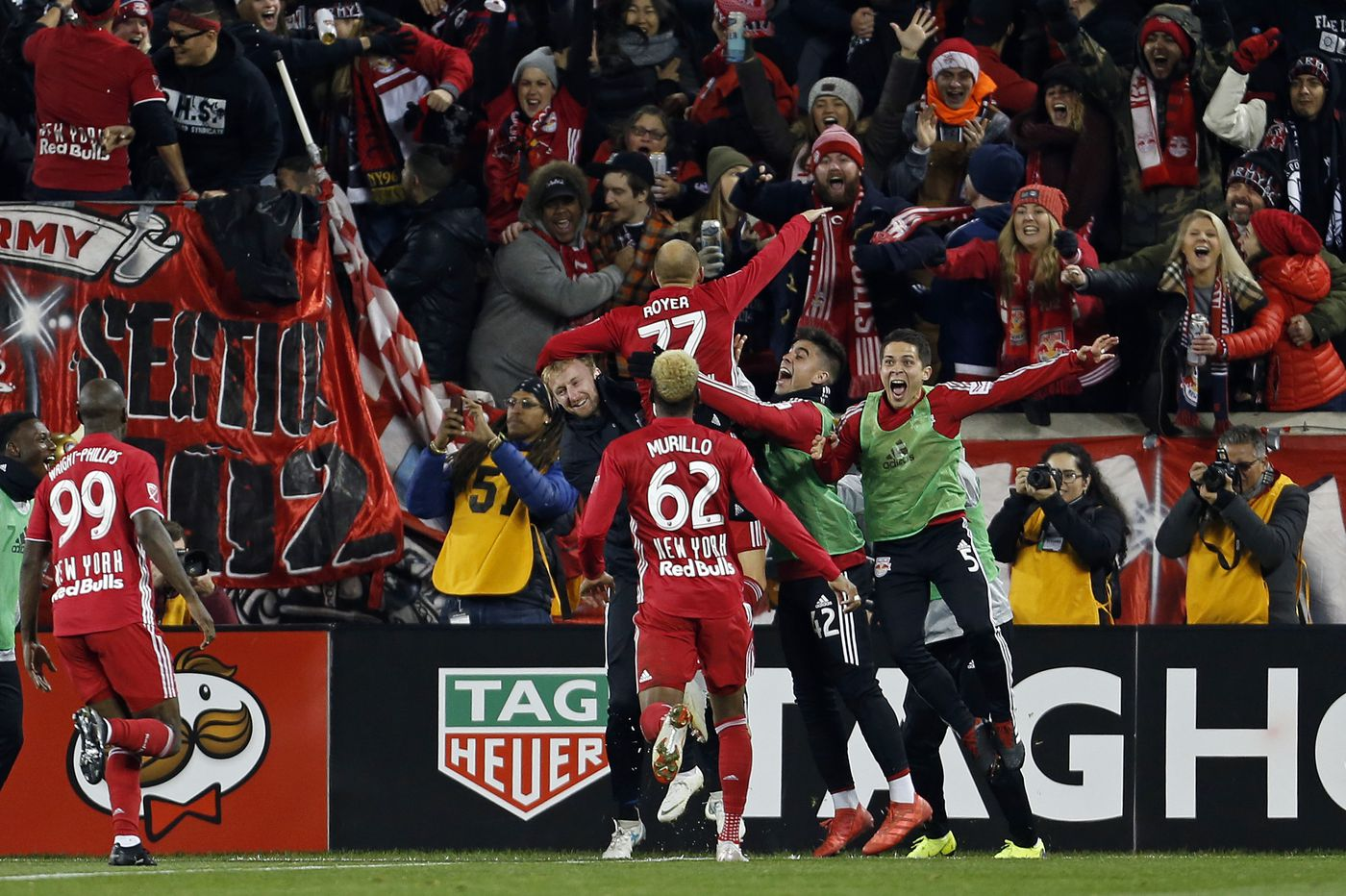 New York Red Bulls beat Columbus Crew to advance; Crew manager Berhalter now open for USMNT