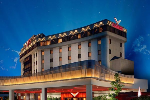 Boyd Gaming takes title to Valley Forge casino, plans to add 250 slots