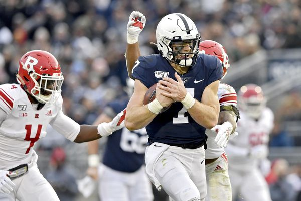 Penn State overcomes lethargic start, defeats Rutgers, 27-6, and awaits bowl destination