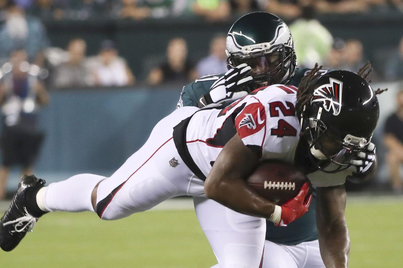 Eagles' Fletcher Cox and Co. turned up the pass-rush heat on Falcons' Matt Ryan