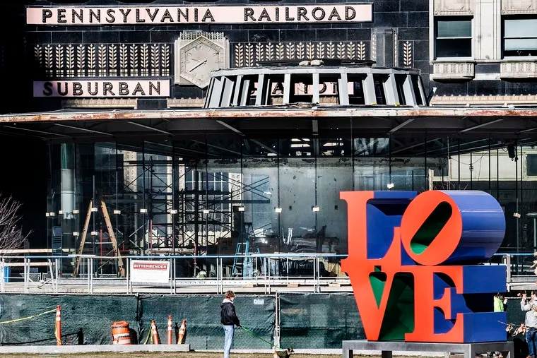 Ongoing construction of the future Loveluck restaurant in the LOVE Park Welcome Center
