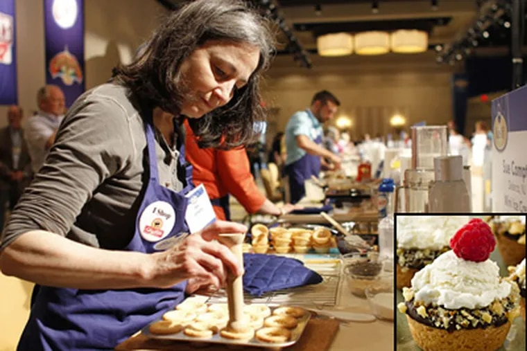 Sue Compton during the Pillsbury Bake-Off competition in Orlando, Fla.