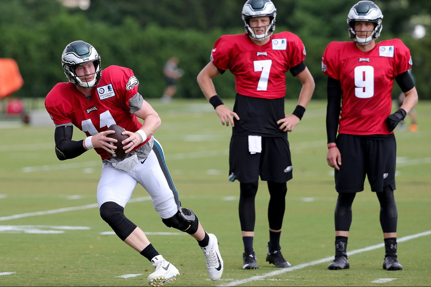 Eagles practice observations: Dallas Goedert a red zone threat; Rasul Douglas gets a brief promotion; Shelton Gibson concussed