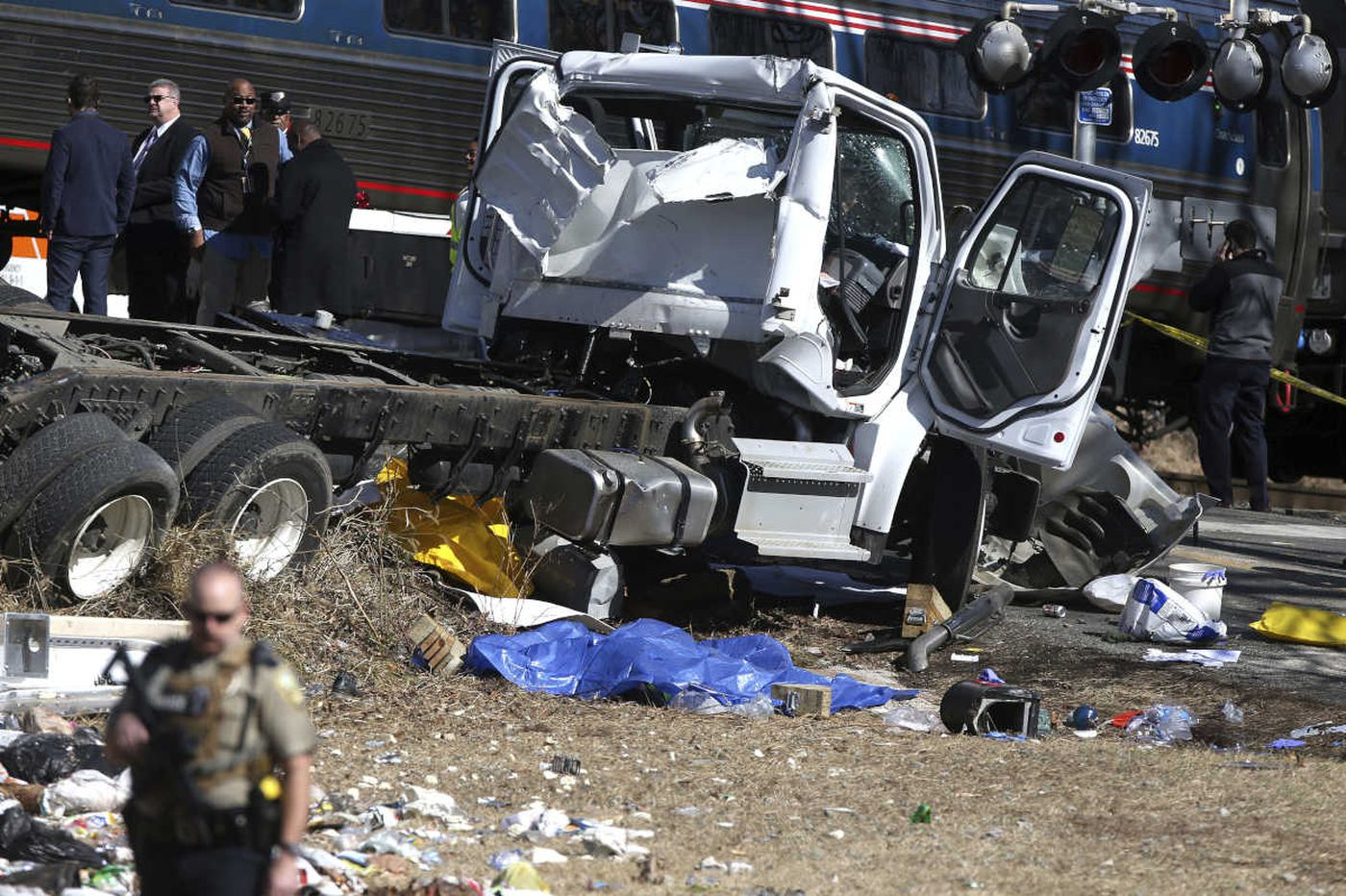 Amtrak train carrying GOP members to retreat collides with truck