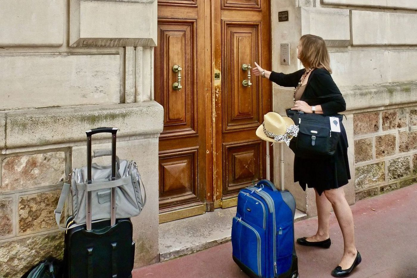 Field-Tested Travel Tip: Avoiding Vacation Rental Scams